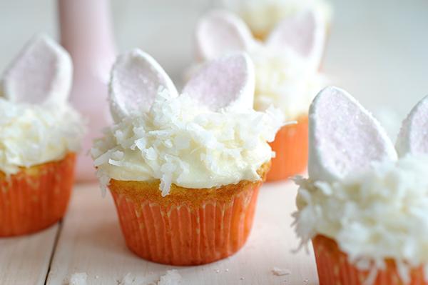 Bunny Coconut Cupcakes-5821